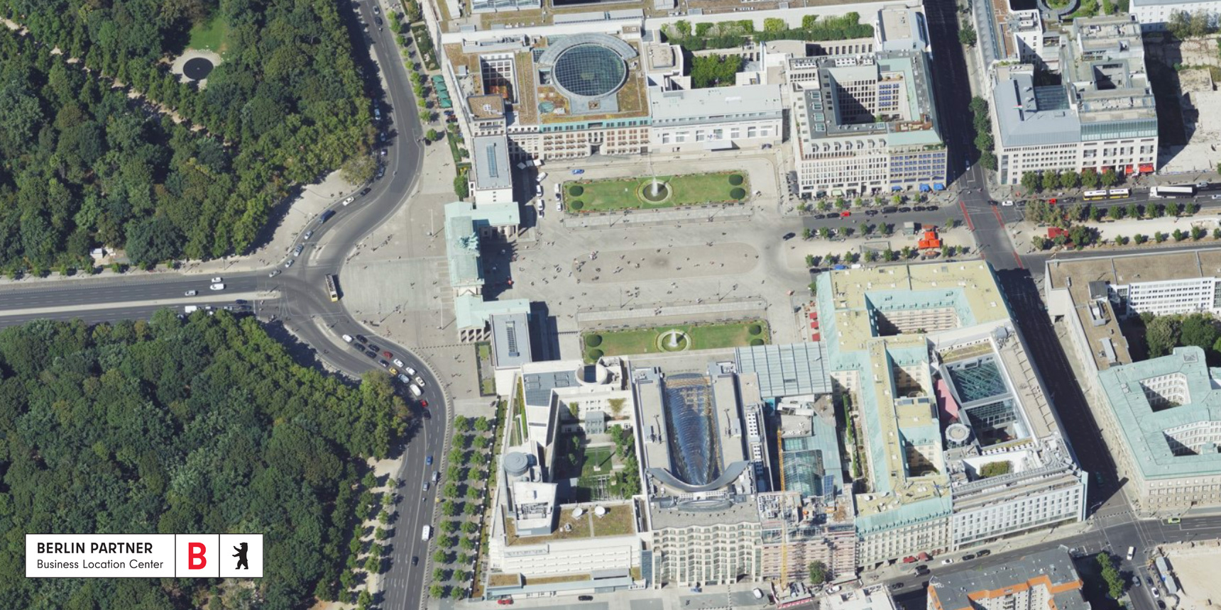 Oblique aerial view of the Brandenburger Tor in the Berlin Economic Atlas